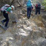 高取山を登る