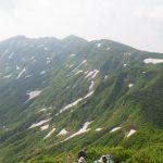 守門岳への稜線